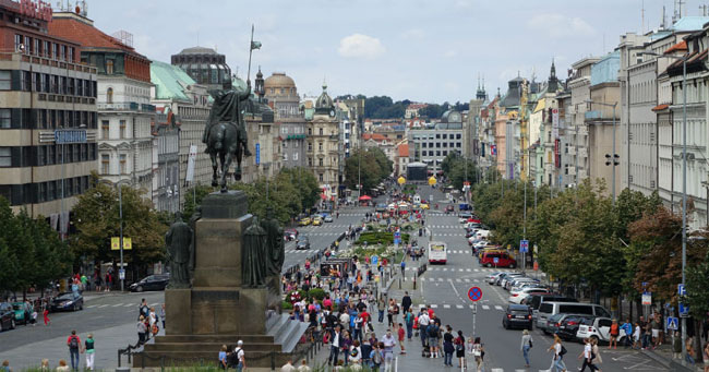plaza-wenceslao-praga