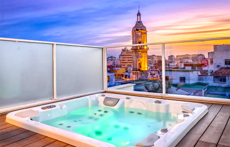 airbnb con jacuzzi