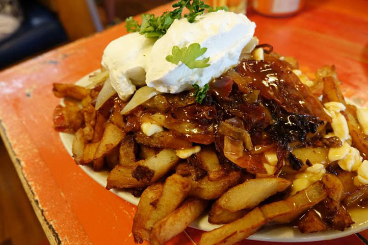 montreal-banquise-poutine
