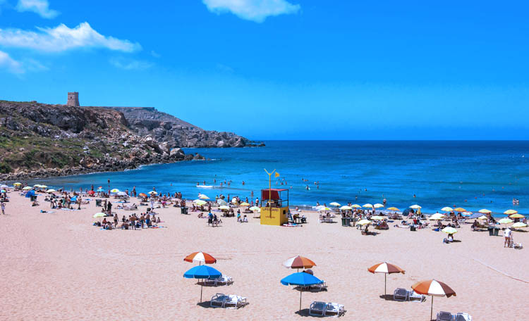 playas de malta golden Bay